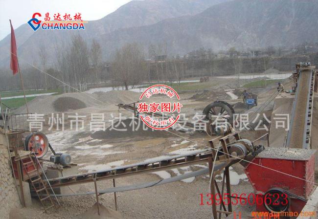 制砂机生产线工作现场